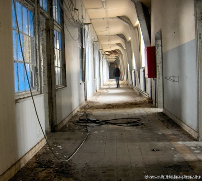 Verviers barracks - (c) Forbidden Places - Sylvain Margaine - Corridor