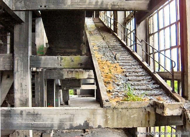 Péronnes coal washing plant - (c) Forbidden Places - Sylvain Margaine - Stairways