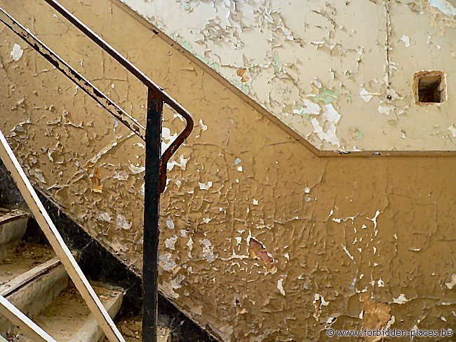 SNCB abandoned building - (c) Forbidden Places - Sylvain Margaine - Let's go upstairs...