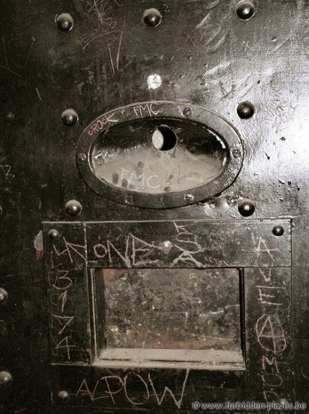 H.M. Melbourne's Pentridge prison - (c) Forbidden Places - Sylvain Margaine - Door