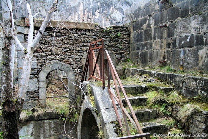 El Fuerte de Portalet - (c) Forbidden Places - Sylvain Margaine - Small bridge above the main entrance