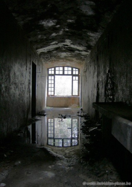 Fort Portalet - (c) Forbidden Places - Sylvain Margaine - Flooding
