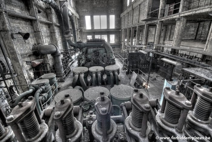 Westport power plant - (c) Forbidden Places - Sylvain Margaine - Second hall, older