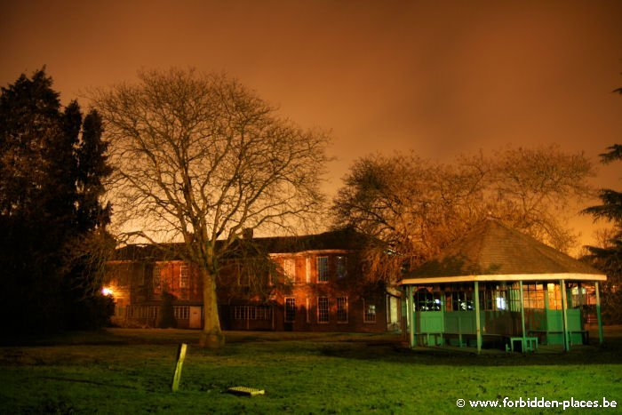 West Park mental hospital - (c) Forbidden Places - Sylvain Margaine - Theatre