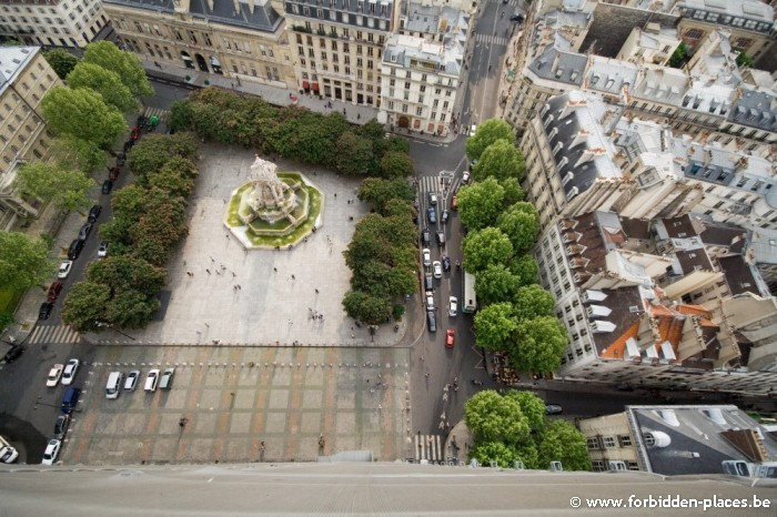 Saint sulpice secrets - (c) Forbidden Places - Sylvain Margaine - The palce from the highest tower