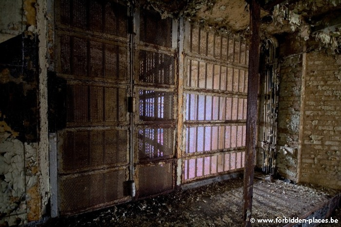 Old Newark county Jail - (c) Forbidden Places - Sylvain Margaine - 1. Welcome...