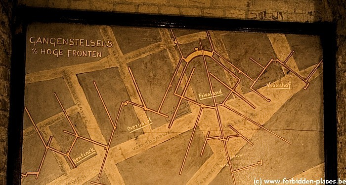 Maastricht casemates - (c) Forbidden Places - Sylvain Margaine - A map on the wall in an underground bunker