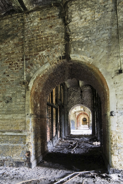 Fort de la Chartreuse, Liège - (c) Forbidden Places - Sylvain Margaine - 1- One of the reinforced corridors