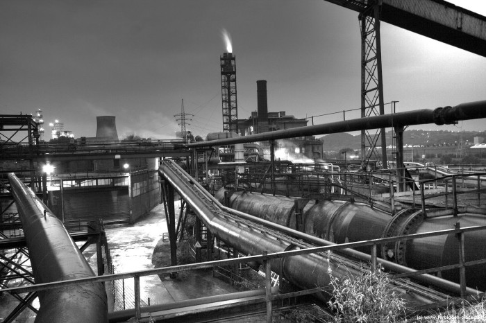 The mysterious steelworks - (c) Forbidden Places - Sylvain Margaine - Flare stack