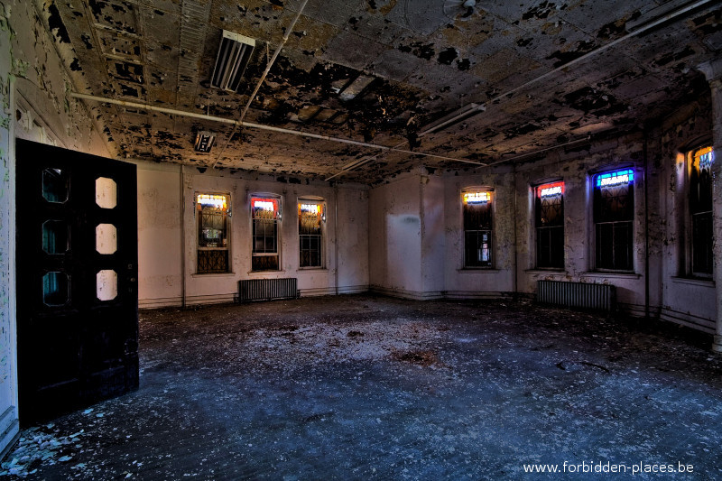 Hudson River State Hospital - (c) Forbidden Places - Sylvain Margaine - 14 - Day rrom