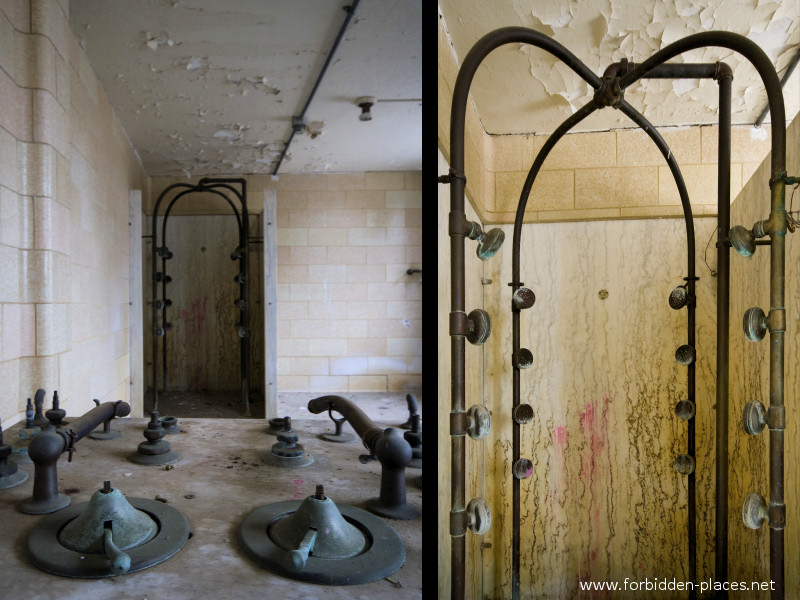 New Jersey State Hospital for the Insane - (c) Forbidden Places - Sylvain Margaine - 8 - The cold shower, remotely controlled from a beautiful marble panel.