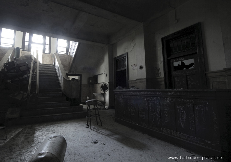 El asilo de Norwich - (c) Forbidden Places - Sylvain Margaine - 15 - Chaos in the admin building
