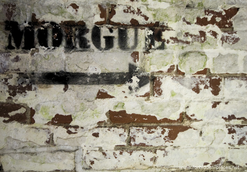 El asilo de Norwich - (c) Forbidden Places - Sylvain Margaine - 17 - To the morgue. It was locked.