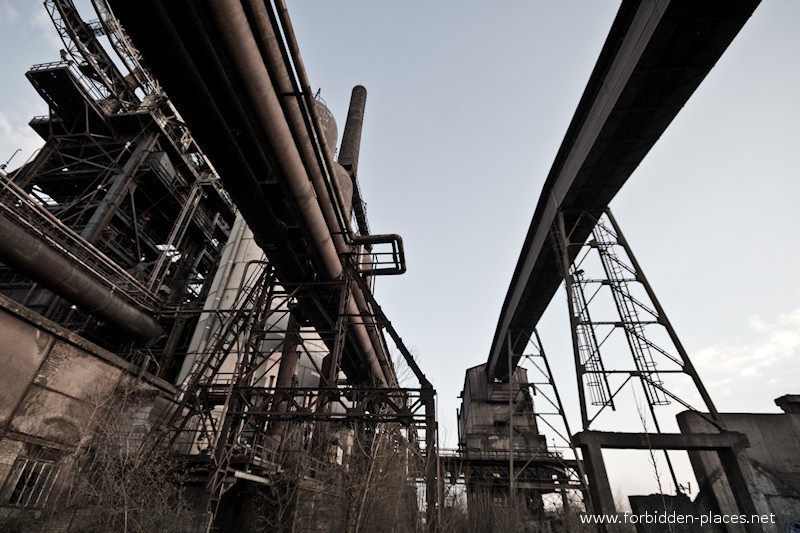 Uckange Blast Furnace - (c) Forbidden Places - Sylvain Margaine - 1- The loading conveyor of the blast furnace n°4