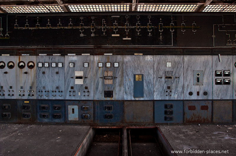 Uckange Blast Furnace - (c) Forbidden Places - Sylvain Margaine - 15 - Power plant V.