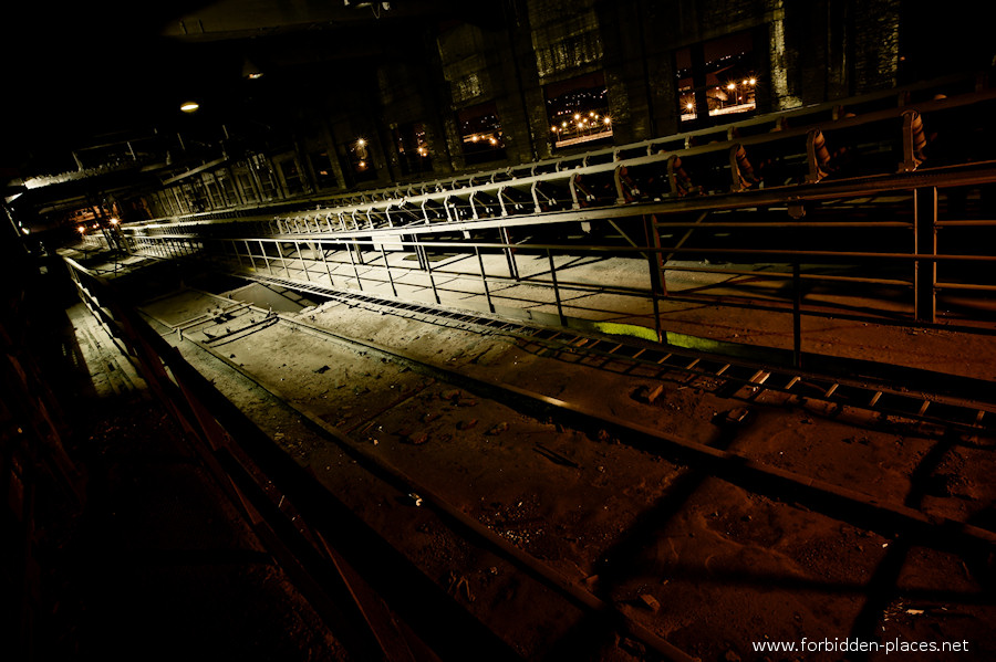 CdK's Blast Furnace - (c) Forbidden Places - Sylvain Margaine - 5- Endless conveyors.