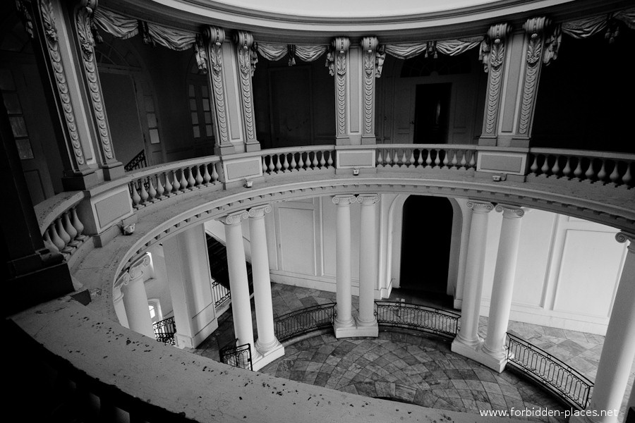 The Hôpital de la Marine - (c) Forbidden Places - Sylvain Margaine - 13 - The main hall.