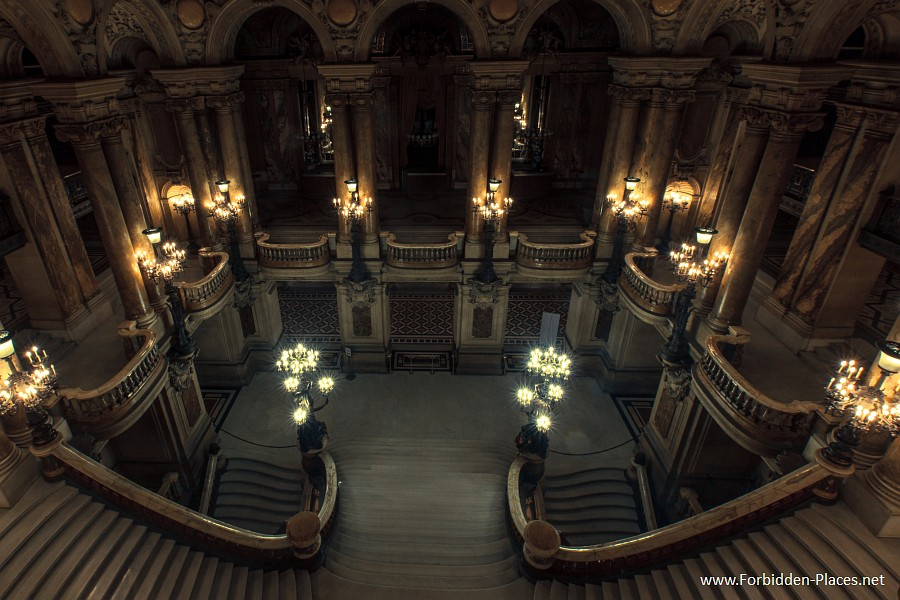 The Palais Garnier - (c) Forbidden Places - Sylvain Margaine - 12 - The Grand Staircase.